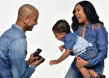 MELANIE FIONA'S BOYFRIEND AND SON SURPRISED HER WITH A PROPOSAL
