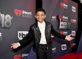 LONNIE CHAVIS, ERIS BAKER AND MORE ATTEND IHEARTRADIO MUSIC AWARDS