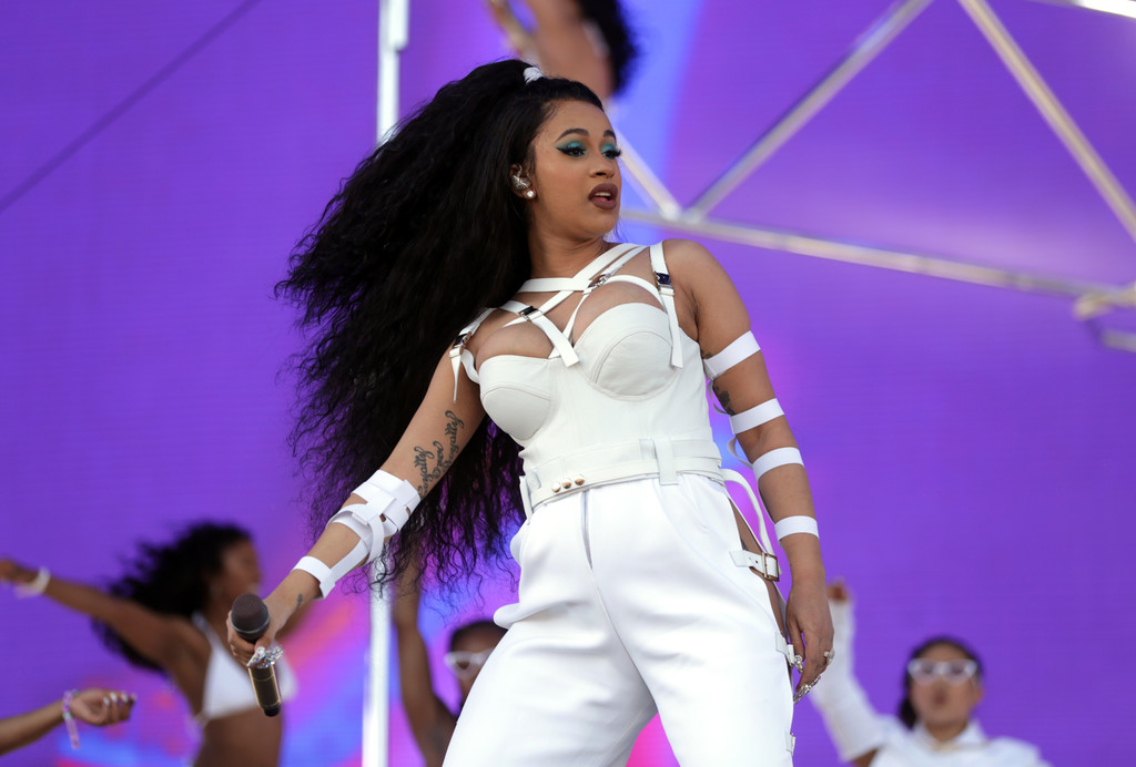 Cardi B Coachella: PREGNANT CARDI B TAKES ON COACHELLA 2018 FOR A SECOND EPIC