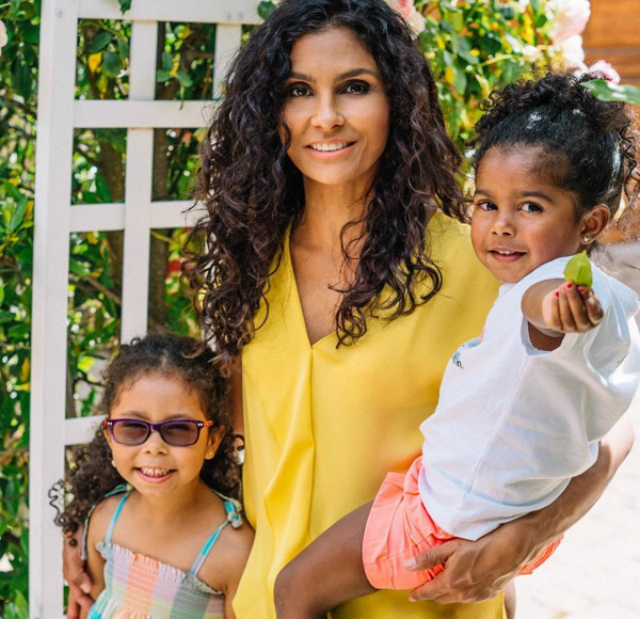 MOTHER'S DAY 2018: MANUELA TESTOLINI, TORREI HART, JURNEE SMOLLETT, AND MORE!