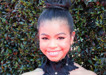 """""""RAVEN'S HOME"""" STAR NAVIA ROBINSON ATTENDS 2018 EMMY AWARDS AND DISHES IN NEW INTERVIEW WITH NEWSDAY.COM"""