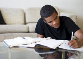 HOW TO HELP YOUR TEEN MANAGE THEIR SCHOOL-RELATED STRESS