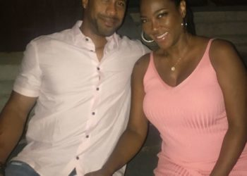 KENYA MOORE IS BUMPIN' ALONG JUST FINE