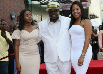 CEDRIC THE ENTERTAINER RECEIVES A STAR ON HOLLYWOOD'S WALK OF FAME