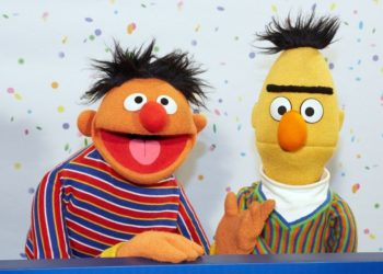 """SESAME STREET"" SAYS THAT BERT AND ERNIE ARE NOT A COUPLE"