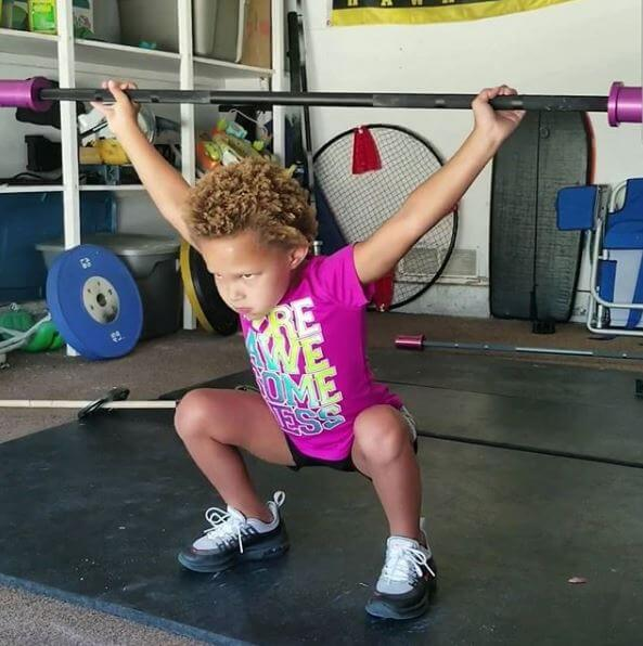FIVE-YEAR-OLD GIRL HAS BECOME A CROSSFIT SENSATION