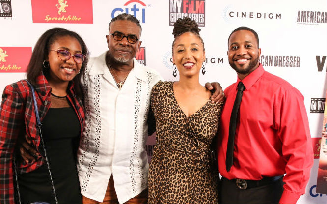 KEITH DAVID WILLIAMS AND THE FAMILY ATTEND THE PREMIERE OF 'AMERICAN DRESSER'