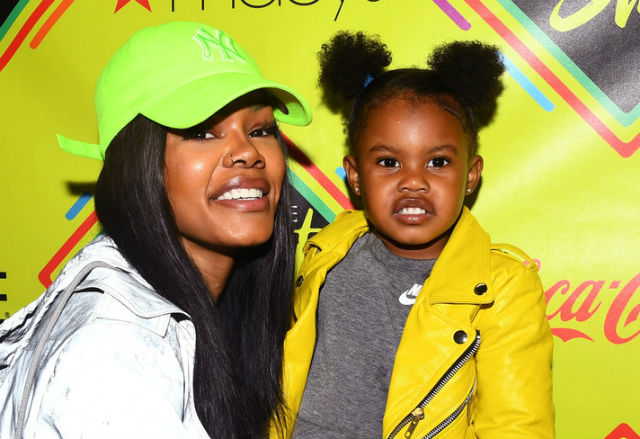 """TEYANA TAYLOR AND DAUGHTER IMAN """"JUNIE BUG"""" SHUMPERT ATTENDED THE ESSENCE STREET STYLE FESTIVAL"""