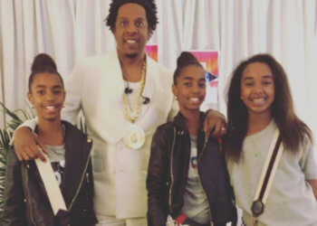 SEAN 'DIDDY' COMBS AND DAUGHTERS HANG WITH JAY-Z AND BEYONCE BACKSTAGE AT THE OTR II TOUR
