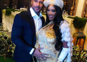KENYA MOORE CELEBRATES AT HER BABY SHOWER