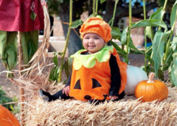 TRUE THOMPSON GOES TO THE PUMPKIN PATCH