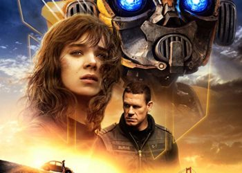 "LATEST ""BUMBLEBEE"" TRAILER HAS HOLIDAY CROWD WAITING WITH BATED BREATH"