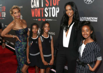 Sarah Chapman and Kim Porter pose with daughters DLila, Jessie and Chance at the Los Angeles Premiere of Apple Music's CAN'T STOP WON'T STOP: A BAD BOY STORY.