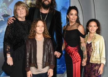 LISA BONET, JASON MOMOA AND THEIR KIDS ATTEND 'AQUAMAN' PREMIERE