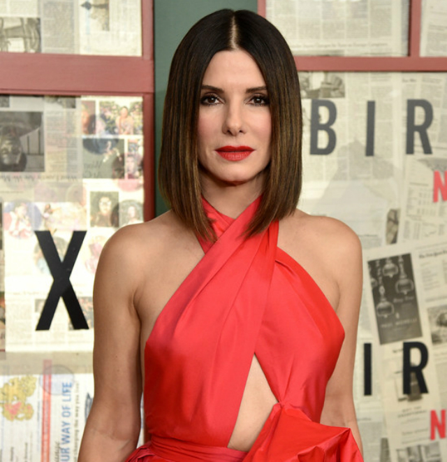 Here's Why Sandra Bullock Is Giving Her Kids Only 3 Christmas Gifts