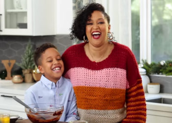 TIA MOWRY'S 'QUICK FIX:' BAKING COOKIES WITH CREE HARDRICT