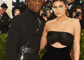 KYLIE JENNER AND TRAVIS SCOTT WON'T LET BABY STORMI WATCH TV