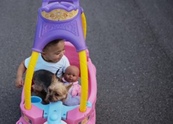 SERENA WILLIAMS WANTED DAUGHTER OLYMPIA'S FIRST DOLL QAI QAI TO BE BLACK