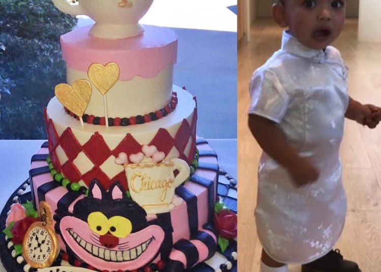Excellent Kim Kardashian Throws Daughter Chicago West An Alice In Personalised Birthday Cards Veneteletsinfo