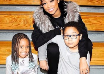 MONICA BROWN AND T.I. SUPPORT THEIR KIDS AT A SCHOOL EVENT