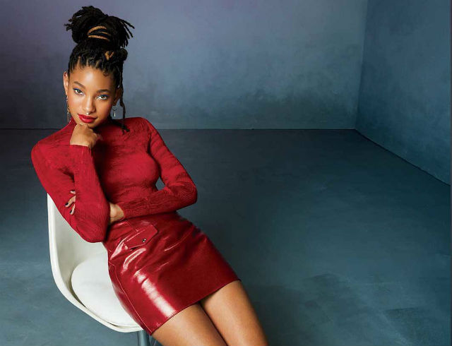 WILLOW SMITH EXPLAINS WHY SHE OPENED UP ABOUT HER HISTORY WITH SELF HARM