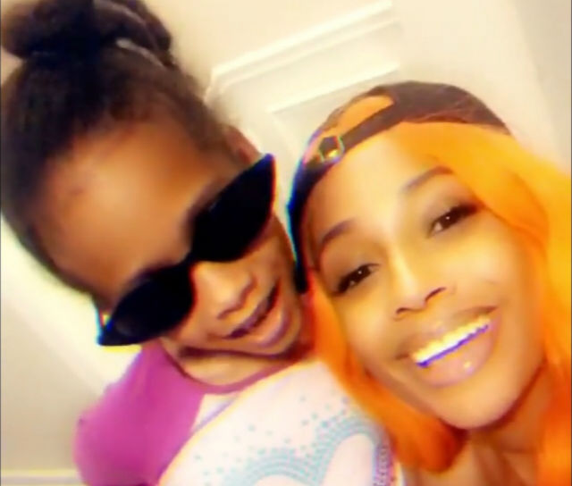 """TIFFANY EVANS DOES """"7 RINGS"""" COVER WITH HER DAUGHTER AND IT'S ADORABLE!"""