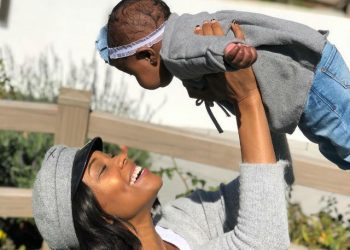GABRIELLE UNION AND BABY KAAVIA MAKE AN ADORABLE PAIR IN NEW PHOTOS