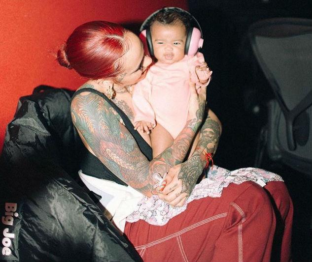 kehlani dotes on her baby girl