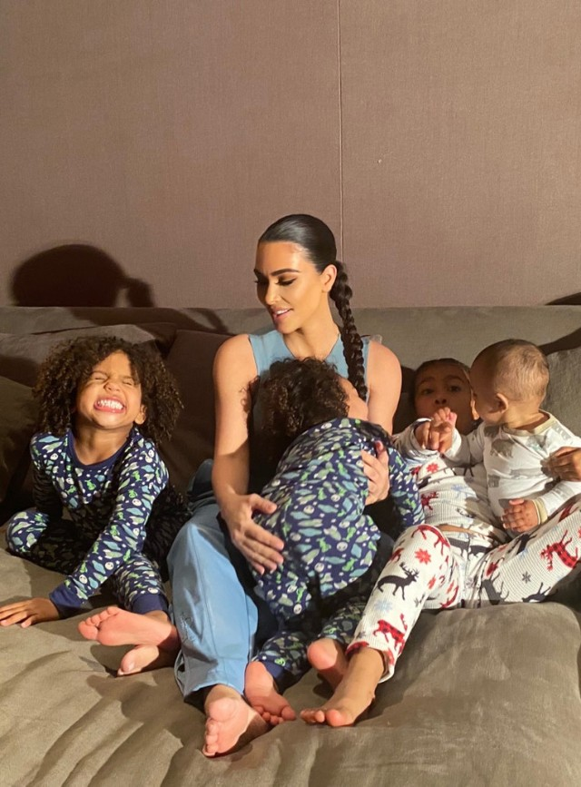 KIM KARDASHIAN POSES WITH HER FOUR KIDS FOR VOGUE'S HOME ...