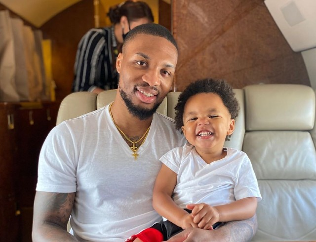 Damian Lillard Reunites With Son And Fiancee After Leaving Bubble